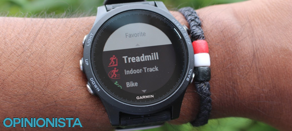 Reloj para correr Garmin Forerunner 935 brazo