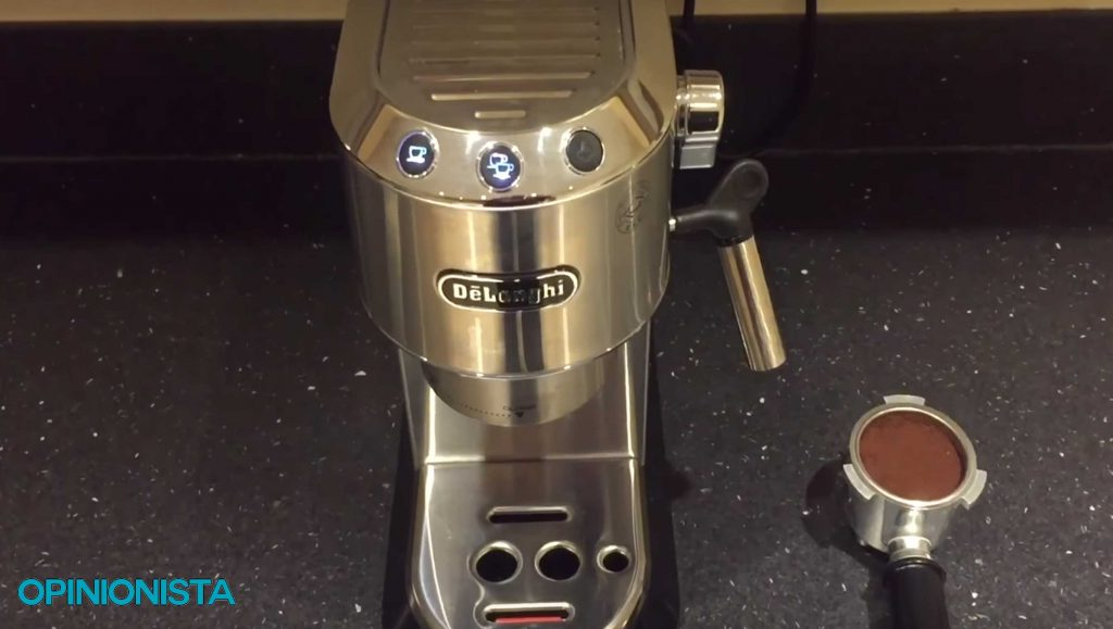 cafetera espresso italiana dedica botones